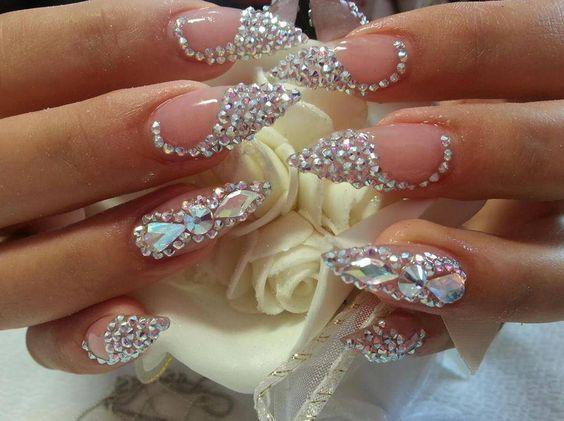 fibra-de-vidro-com-joias
